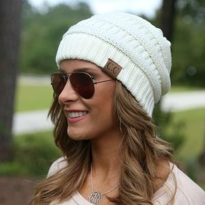 CC Beanie Classic Style Ivory with Joe Boxer Scarf